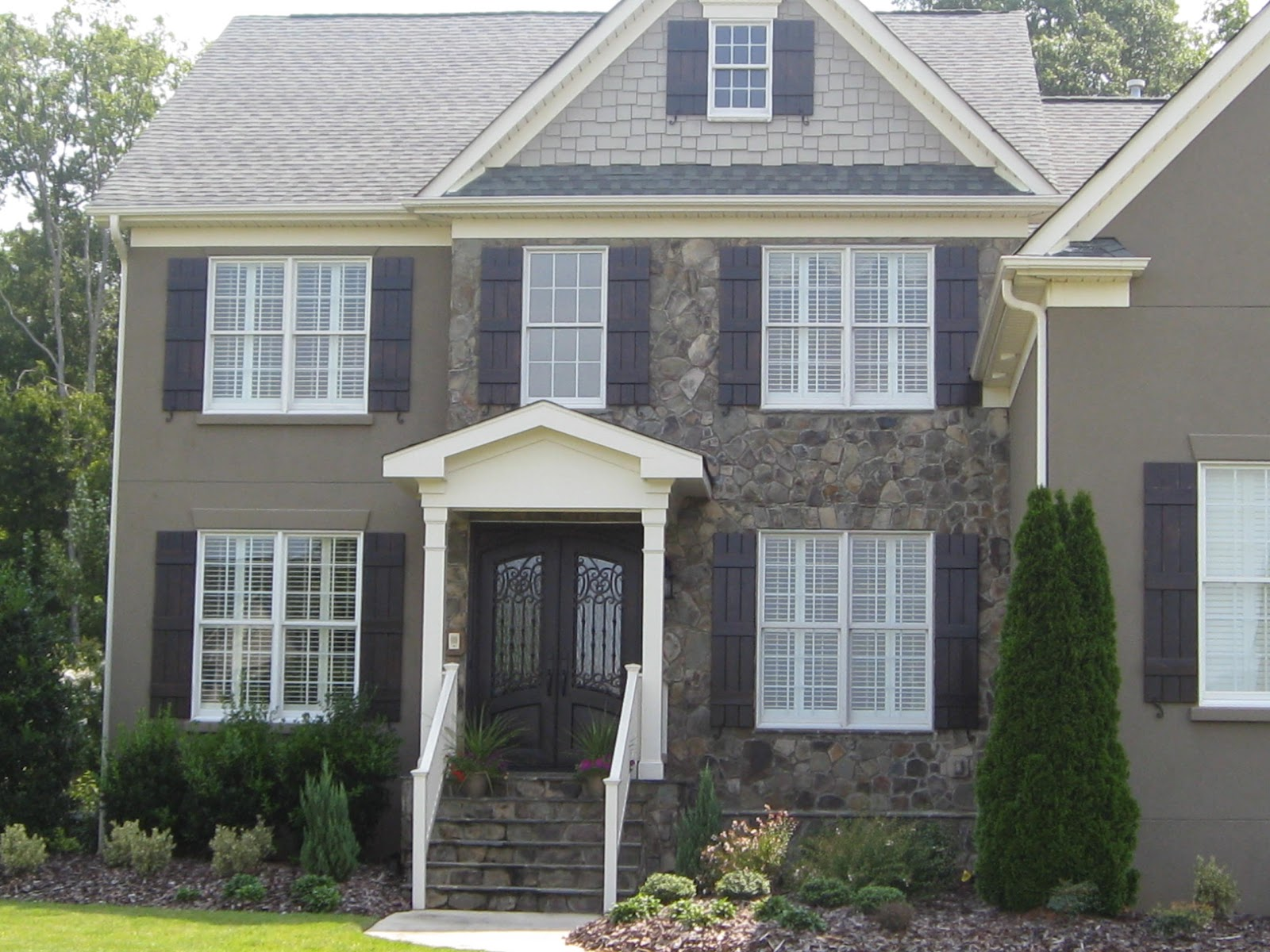 Transform Your Home 39 S Exterior Affordably With Custom