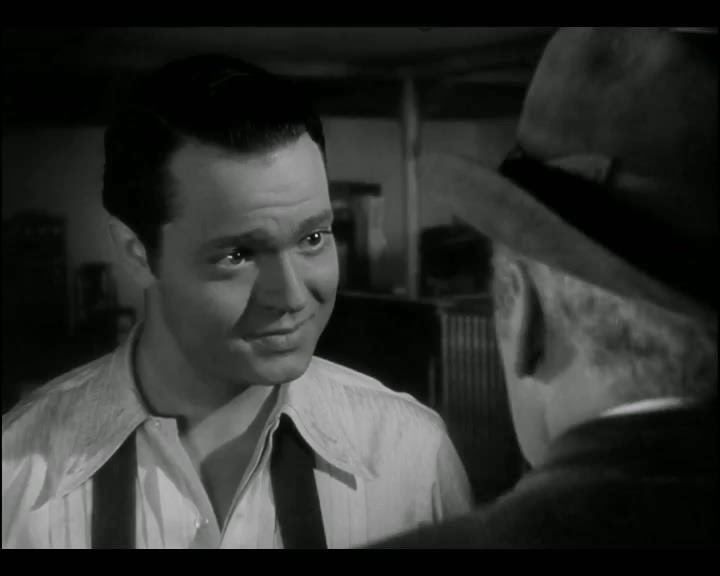 citizen kane tragic hero 2018-10-12 the tragic hero is a longstanding literary concept, a character with a fatal flaw (like pride, for example) who is doomed to fail in search of their tragic dream despite their best efforts or good intentions this trope is rare on television, perhaps because watching someone fail once teaches a.