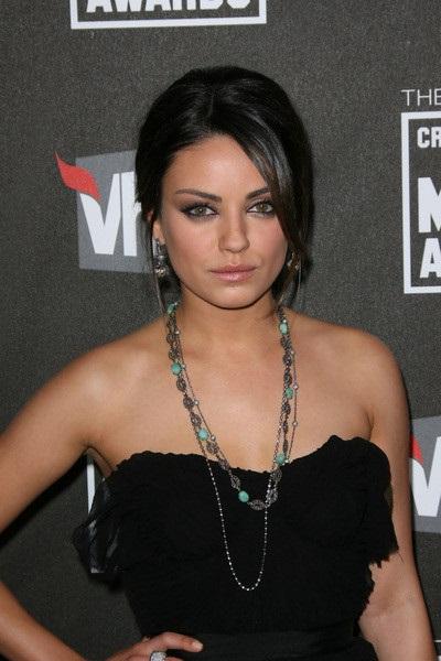 Top News In Mila Kunis Hot Pretty Photos