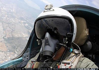 TUDM Dari Dalam Cockpit Sukhoi Su 30MKM Video LIMA 2013