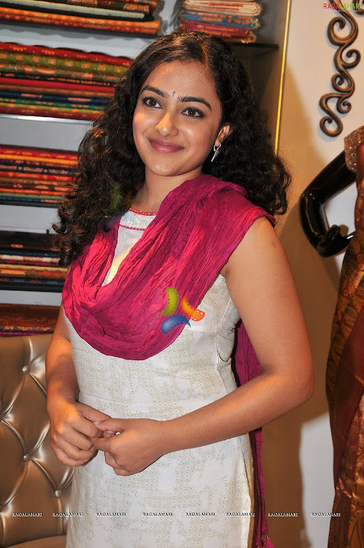 Nithya Menonsexy photoshoothot south Indian actress in cute exposuresHQ gallery unseen pics