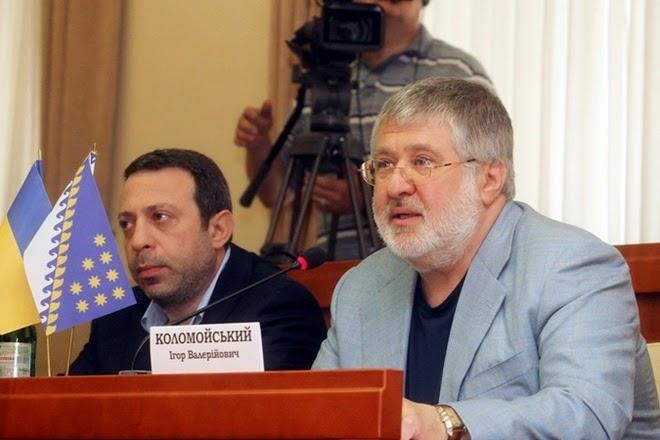 Коломойский, в отличие от остальных олигархов, не идет на выборы и выступает за дерегуляцию управления финансами в Украине.