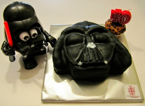 Pastel fondant y Mr Potato Darth Vader