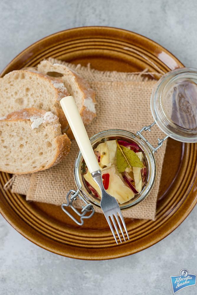 Marynowany camembert