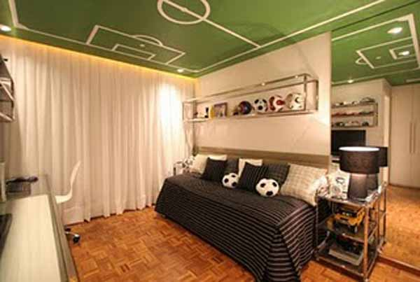 Sports theme bedrooms design dazzle for Club joven mural