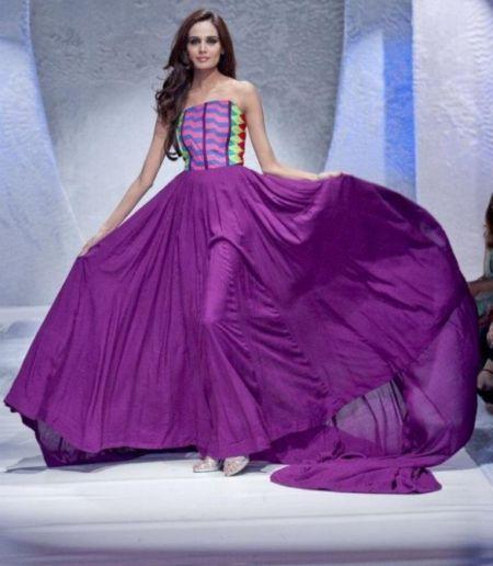 Ishtiaq Afzal designer Collection at Pakistan fashion week at London