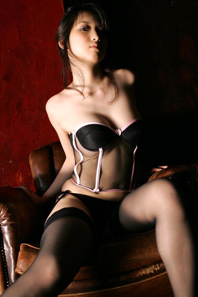 hot and sexy atsuko yamaguchi