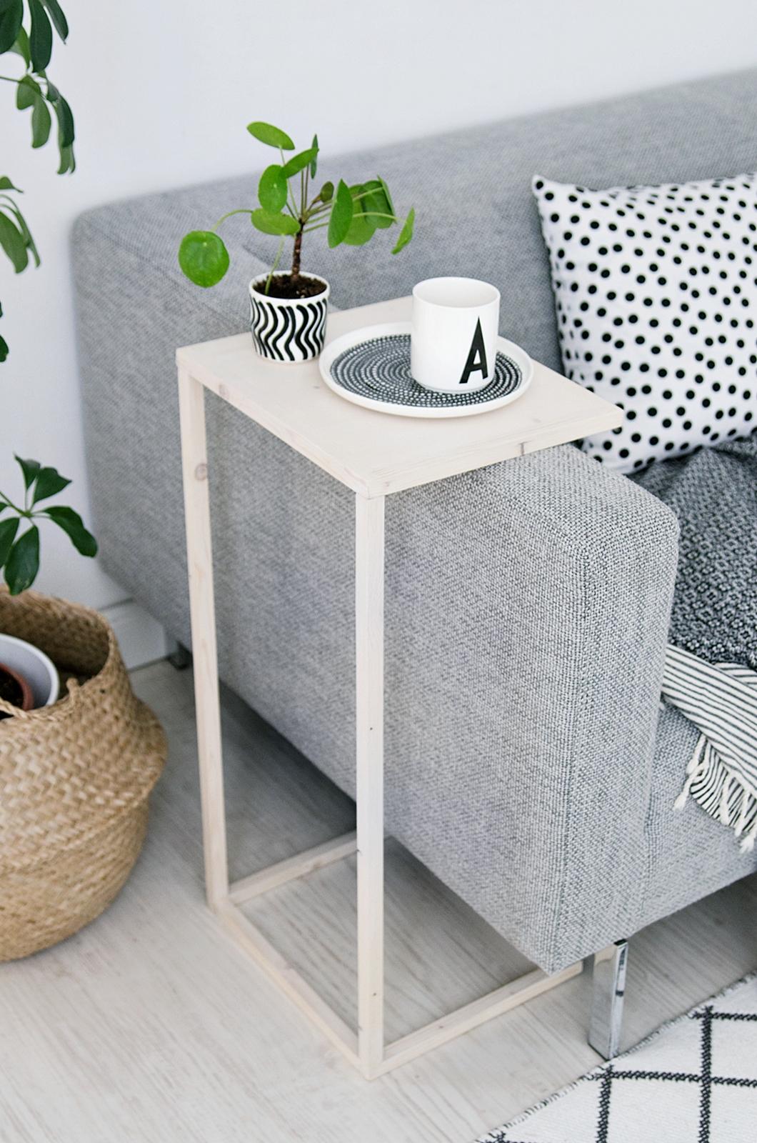 Simpler diy beistelltisch gewinner der stelton verlosung for Couch beistelltisch