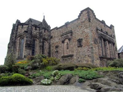 Edinburgh castle youth hostel