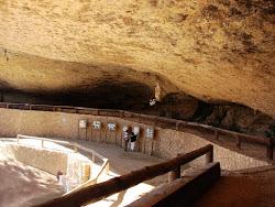 Lugares de la Memoria Democrática: Cueva-Hospital de Santa Llucia