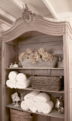 Boiserie c 26 bagni classici con stile for French country blog