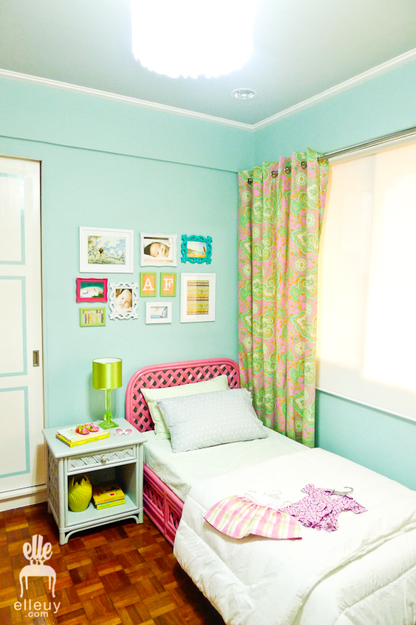 girls room blue and pink bedroom paisley curtain
