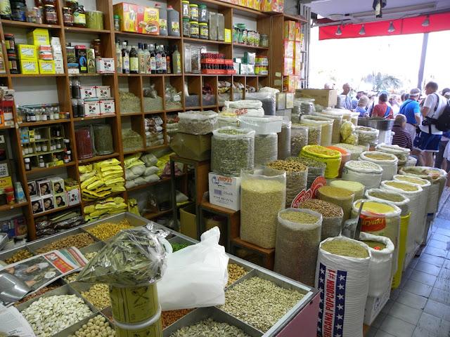 Shopping in the Nazareth