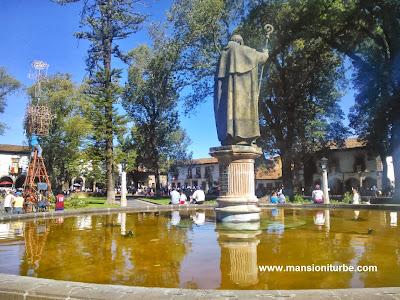 Plaza Vasco de Quiroga en el 479 Aniversario de Pátzcuaro