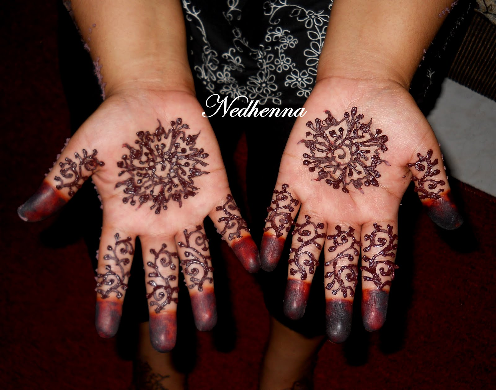 Ned Henna Berinai Lea Wedding