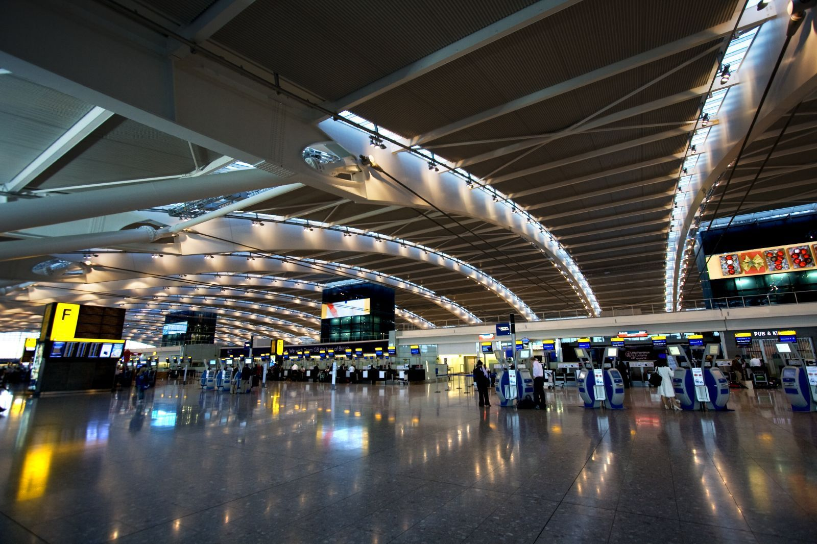 Airlines: London Heathrow Airport