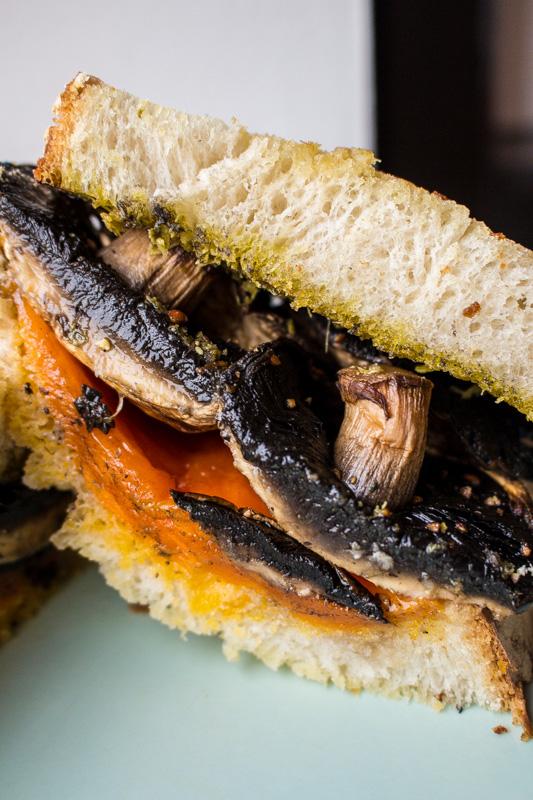 Portobello Mushroom Grilled Cheese and Pesto Sandwich | Svelte Salivations