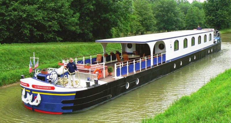 French hotel barge Renaissance, Barging in France, Burgundy
