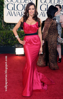 Actress Sofia Vergara arrives at the 68th Annual Golden Globe Awards in Beverly Hills
