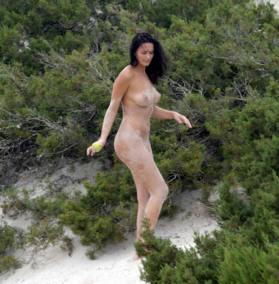 Lucy Clarkson Nude Sandy Candids And Topless Swim At The Beach