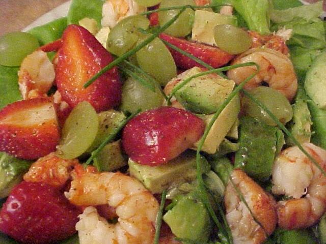 Salade de homard et crevettes Viviane, vinaigrette à l'érable et vinaigre balsamique