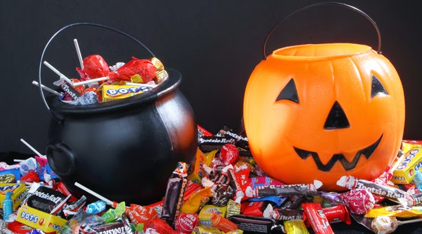 Trick-or-Treating: What Do You Hand Out On Halloween? ~ Science ...