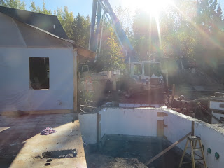 ICF walls, concrete boom truck, custom home construction