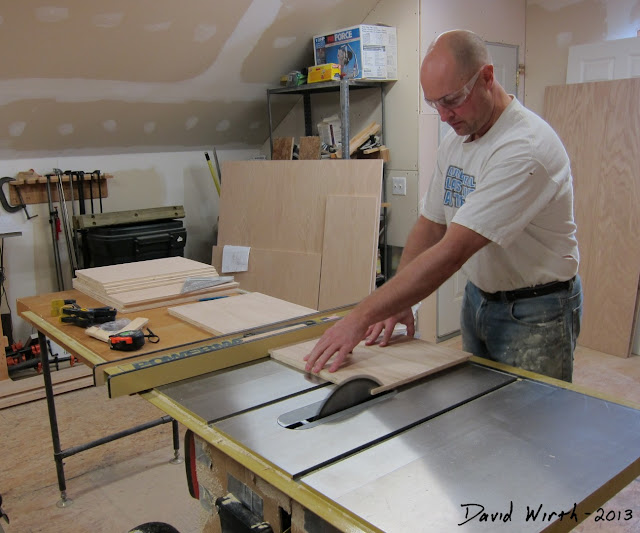 how to use a table saw, cutting on table saw