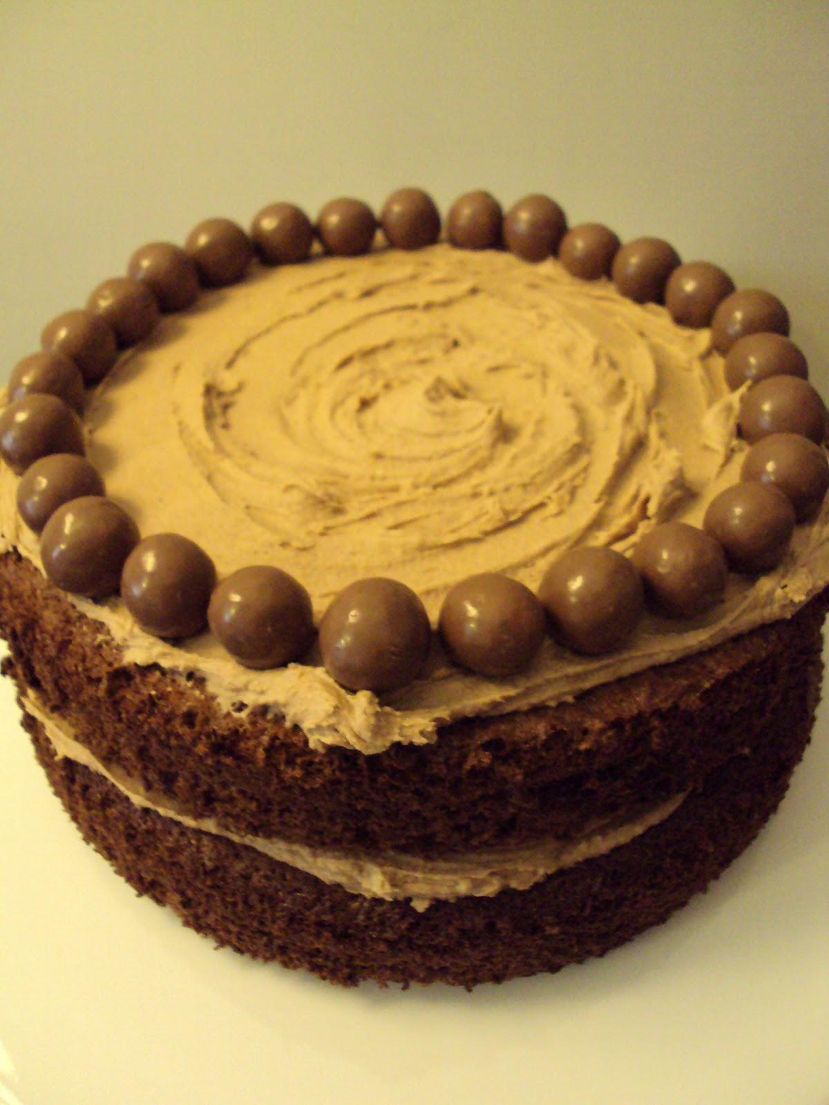 Me, My Food and I: Chocolate Malteser Cake