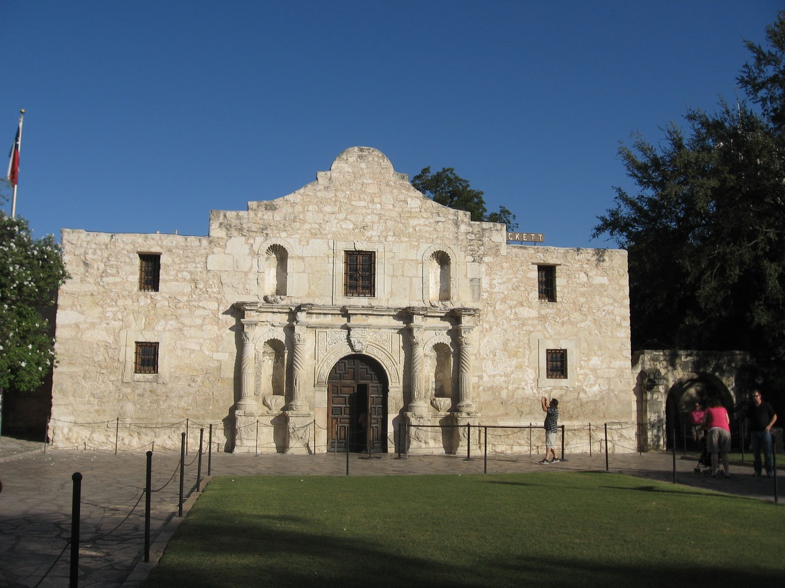 Simply Beautiful: Remember the Alamo