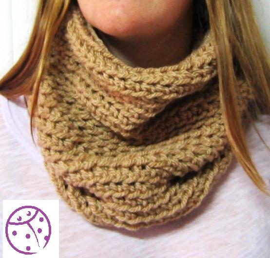 Cuello tejido a crochet - Imagui