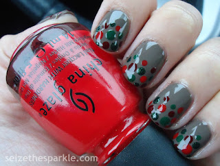Holiday Dot Manicure