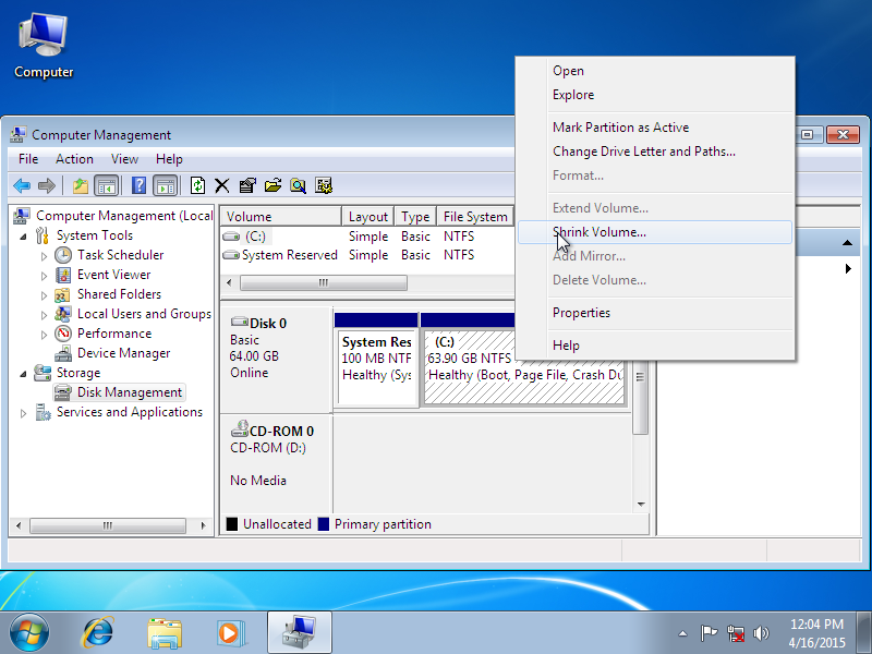 Shrinking a partition in Disk Management - screenshot