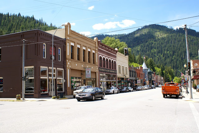 mountains mining town usa