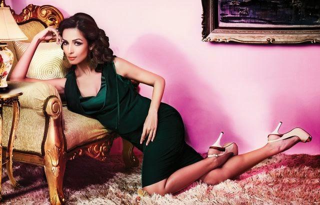 Malaika Arora Khan in green tight skirt looks very sexy hot pics latest unseen hot pics of Malaika Arora Khan