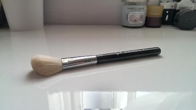 Sigma F40 brush