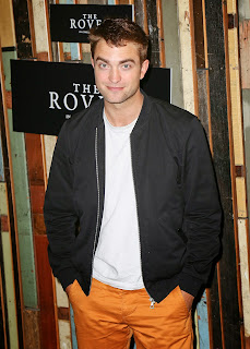 http://www.robstendreams.com/2014/06/rob-at-rover-sydney-photocall.html