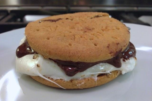 VEGANOO Vegan Reviews: Review: Dandies Marshmallows