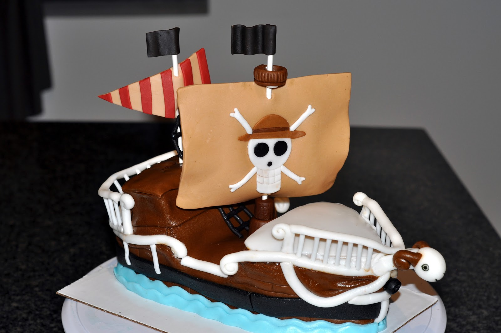 One Piece Pirate Ship Cake Sweet Kats Creations