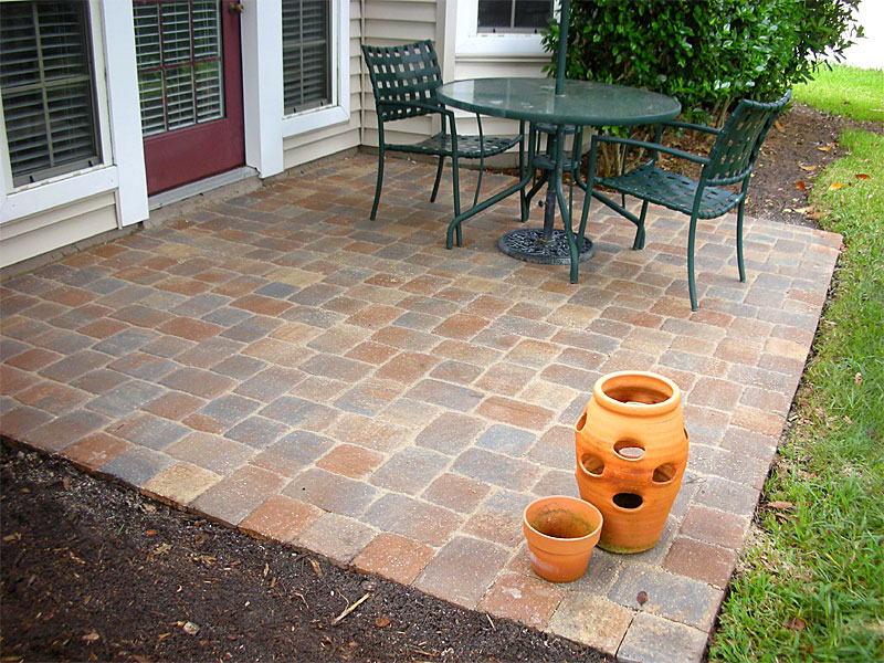 Brick phone picture brick paver patio designs - Paver designs for backyard ...