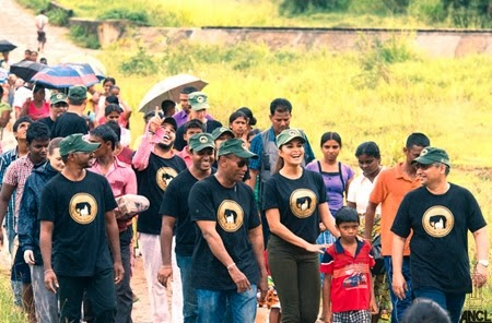 Jacqueline Fernandez graces the CJS & Srilanka Wildlife Conservation Society Walk