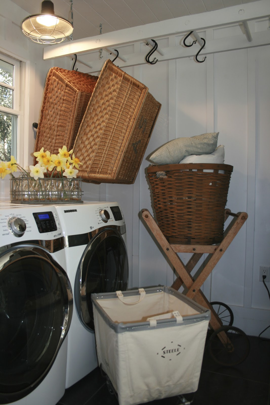 The Polished Pebble: Laundry Room Ladder Project