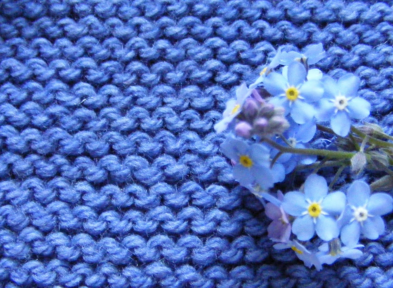 Knitting Stitches Purl Stitch Beginners : Chalk Cottage Knitting: Beginners Purl stitch