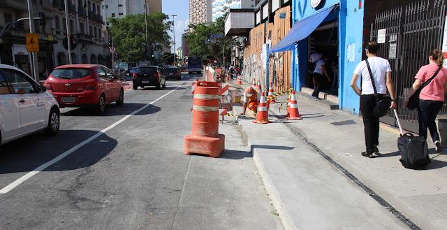 Faixa Exclusiva para pedestres - Av. da Liberdade