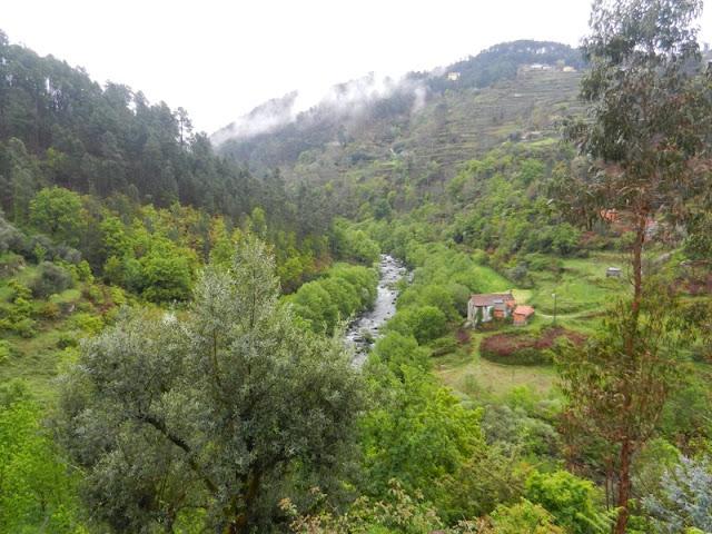 По горам Португалии