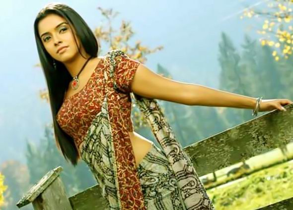 asin in saree. Actress Asin Wearing Saree in