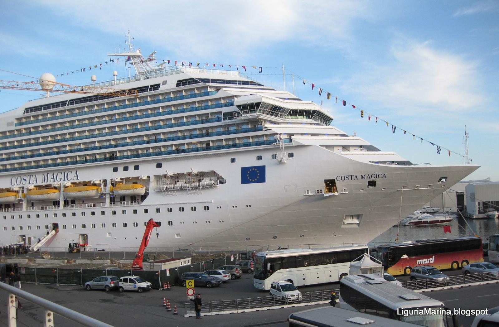 Liguriamarina il porto di savona e le sue navi for Costa pacifica piano nave
