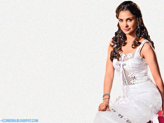 Priyanka Chopra and Lara Dutta share a special bond
