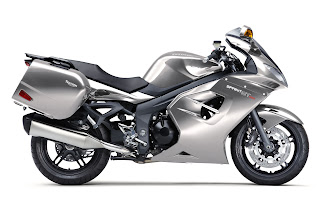 Motorcycle Pictures  Triumph Sprint GT   New for 2011