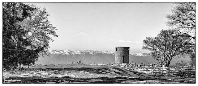 panorama avec vue sur le Jura, près de Genève